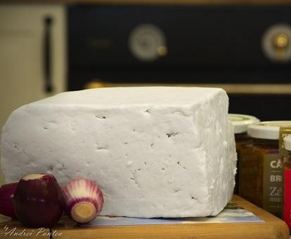 brânză masivă de grăsime)